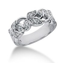 Diamond Leaf Pattern Ring