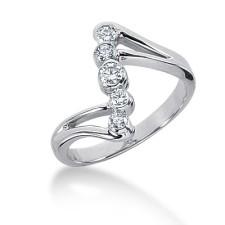 Split End Diamond Ring