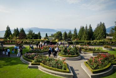 Garden Wedding Tips