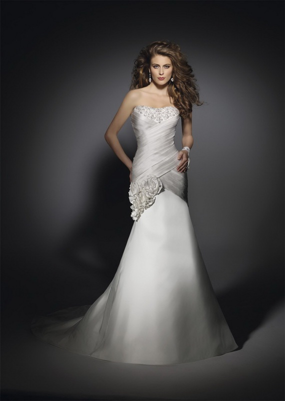 Hourglass Shape Wedding Dress