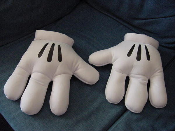 Mickey Mouse Glove