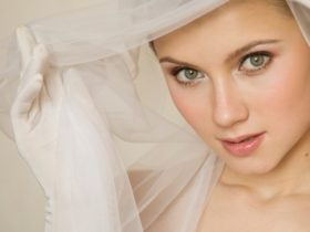 Wedding Makeup for Hot Weather