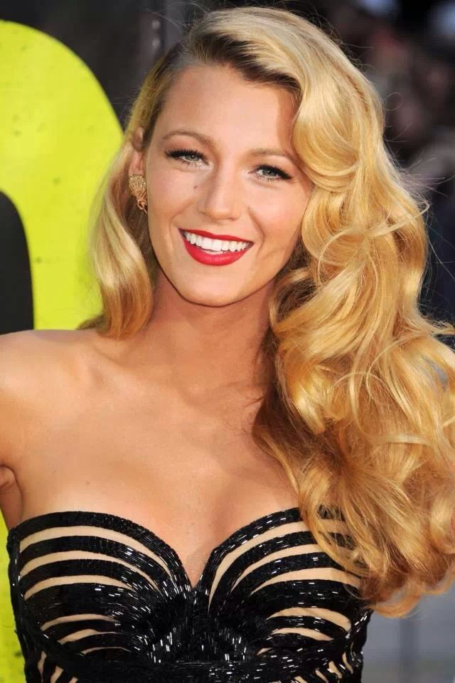 Big Waves in Hair Blake Lively