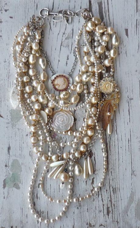 vintage jewelry inspires min