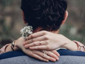 Custom Engagement Ring-min