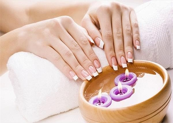 Hot Oil Manicure