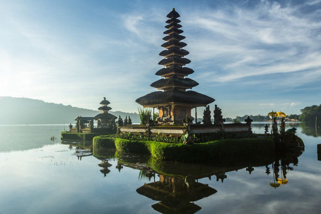 Bali Indonesia romantic wedding venue-min