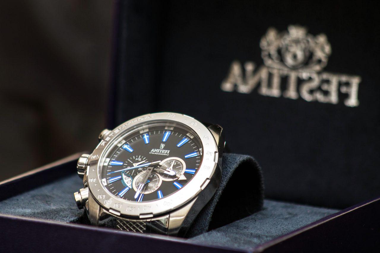 pixnio watch unique gift for him