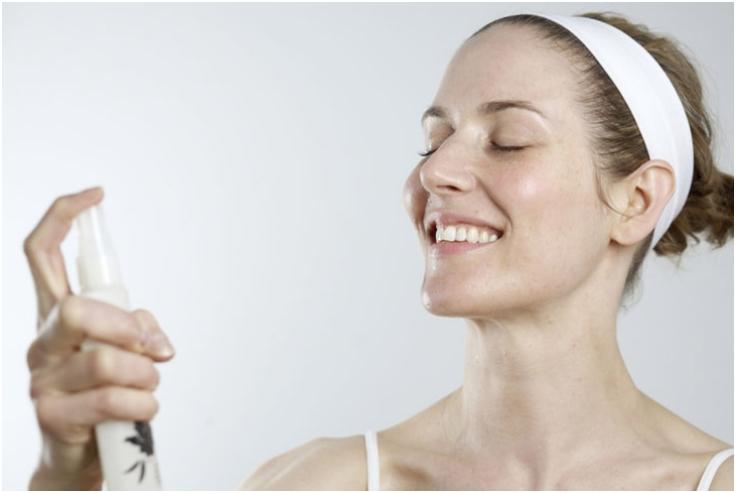 Setting Spray for women