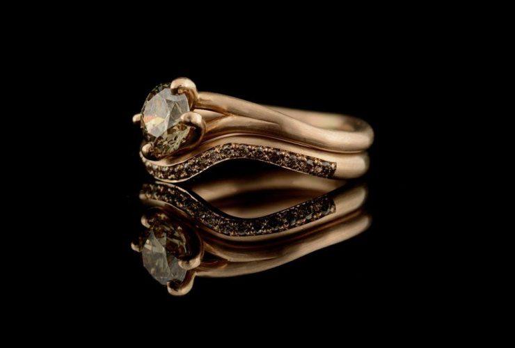 Metal Diamond Ring Band