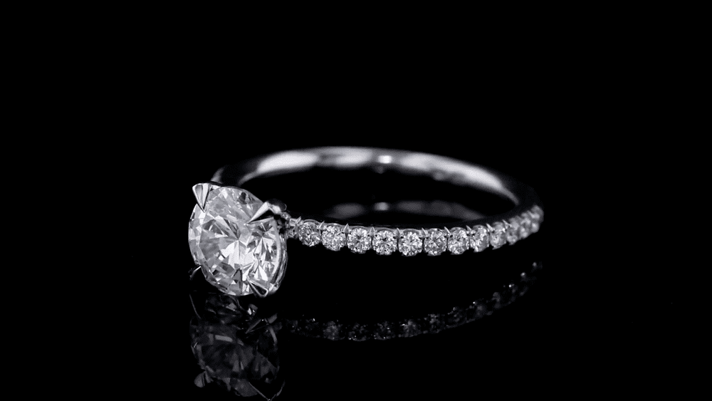 diamond prong setting