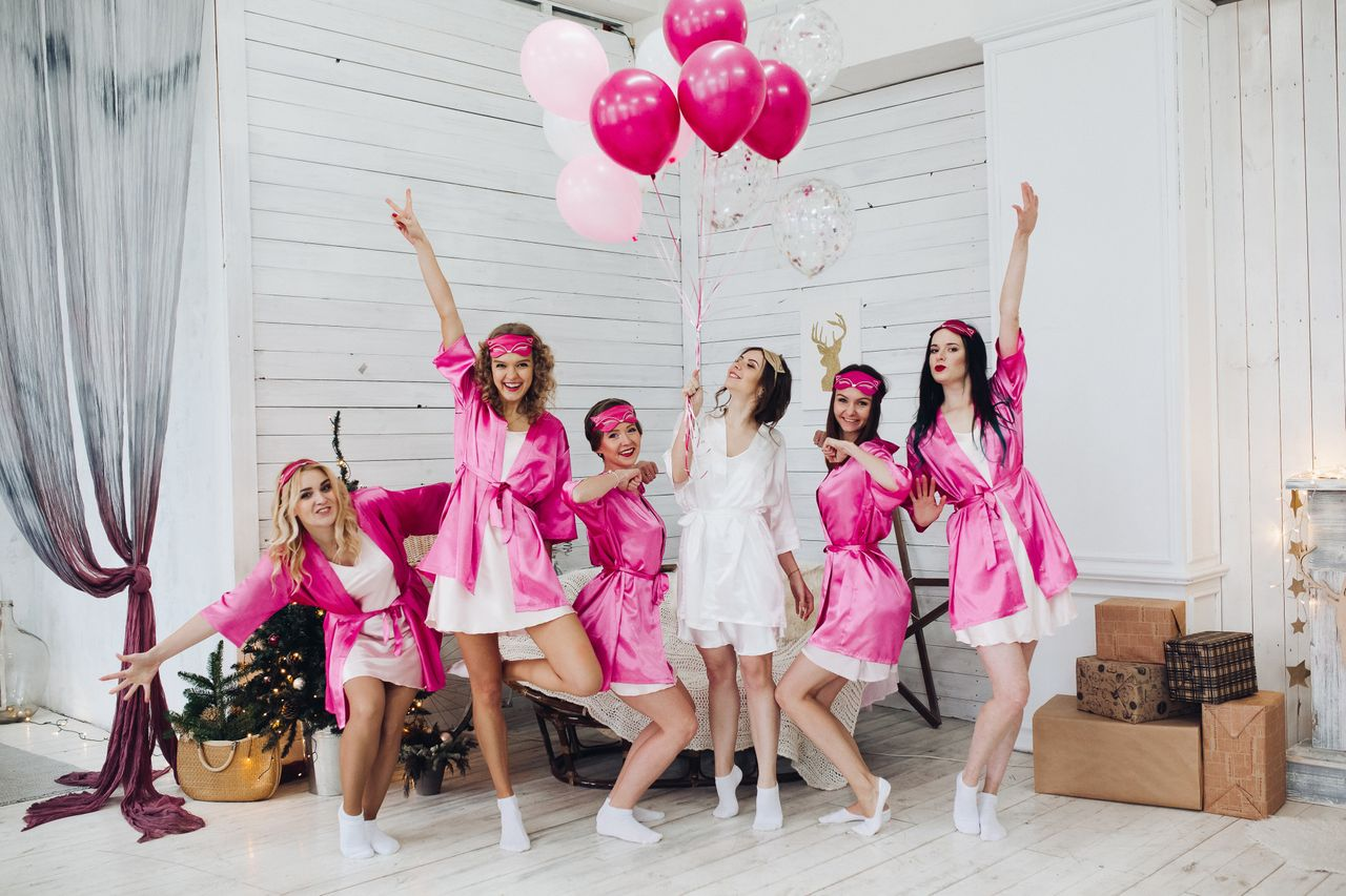 7 Low Key Bachelorette Party Ideas for a Bride Who Wants to Relax